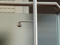 Balkongeländer aus Edelstahl und Glas